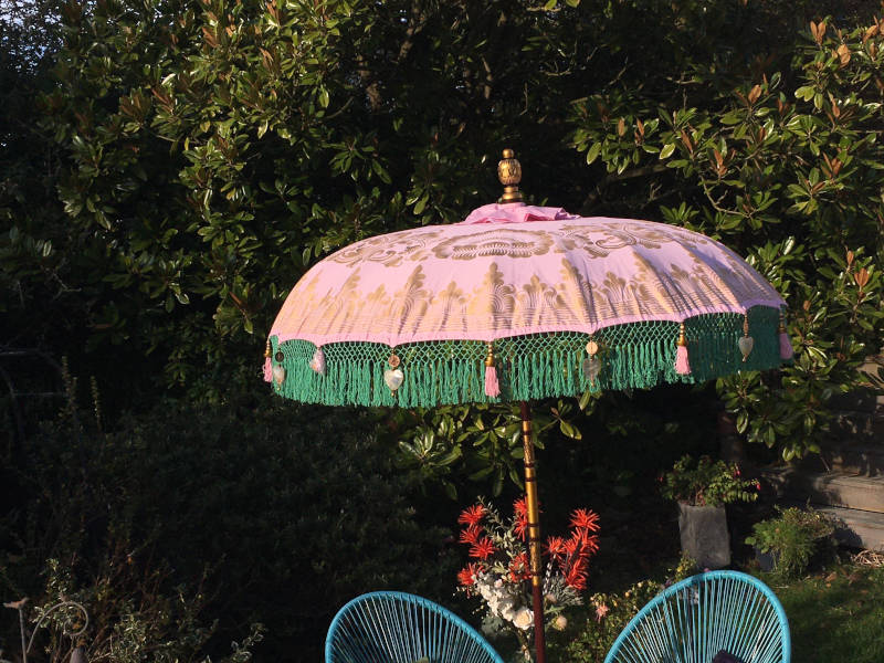 Paradise Island Collection Pink with Frign Patio Umbrella